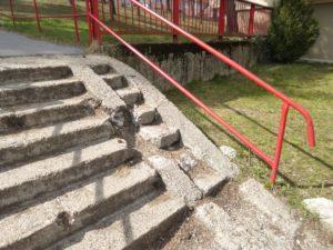 Slnečná - schody v marci 2017